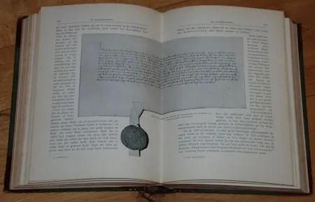 photo DSC_5301Pab196-197AfbNo84PrivelegeVanAlbrechtVoorAmsterdamVan16Januari1400GemeenteArchiefAmsterdam.jpg