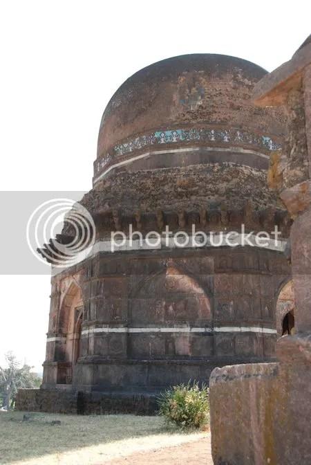 photo DSC_0838Dai-Ki-Chhoti-Bahan-Ka-Mahal.jpg