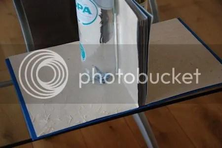 photo DSC_7516Eerst het boekblokEnDeSchutbladenGoedPositioneren.jpg