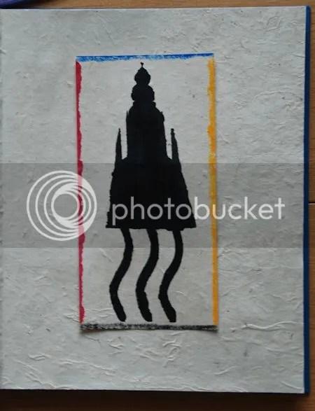 photo DSC_7721HetSjabloonStaatOpEenLosStukPapierMetGekleurdeRanden.jpg