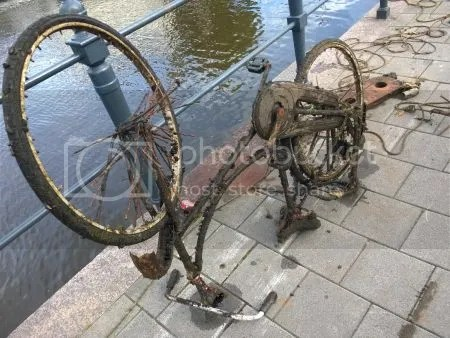 photo WP_20160813_002TinguelyInBreda.jpg
