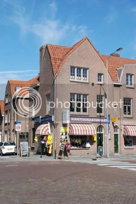 photo DSC_0414KantoorboekhandelBenoistHoekHaagwegHaagdijk.jpg