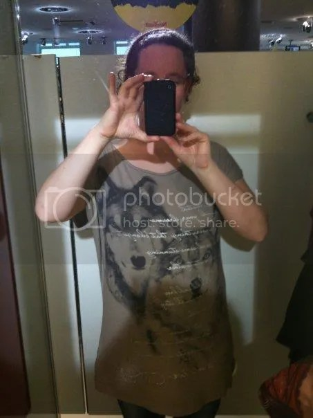 shoppen arnhem. leuk topje bij de new yorker photo 20338_100401959994699_4710039_n.jpg