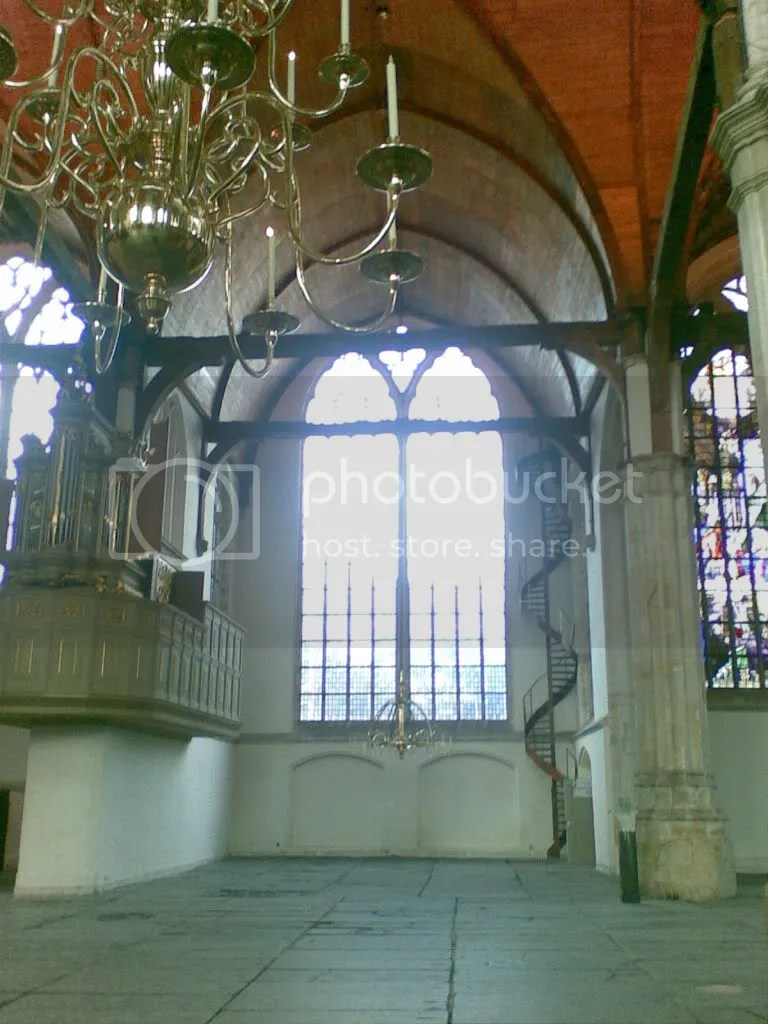 La Oude Kerk, vacía