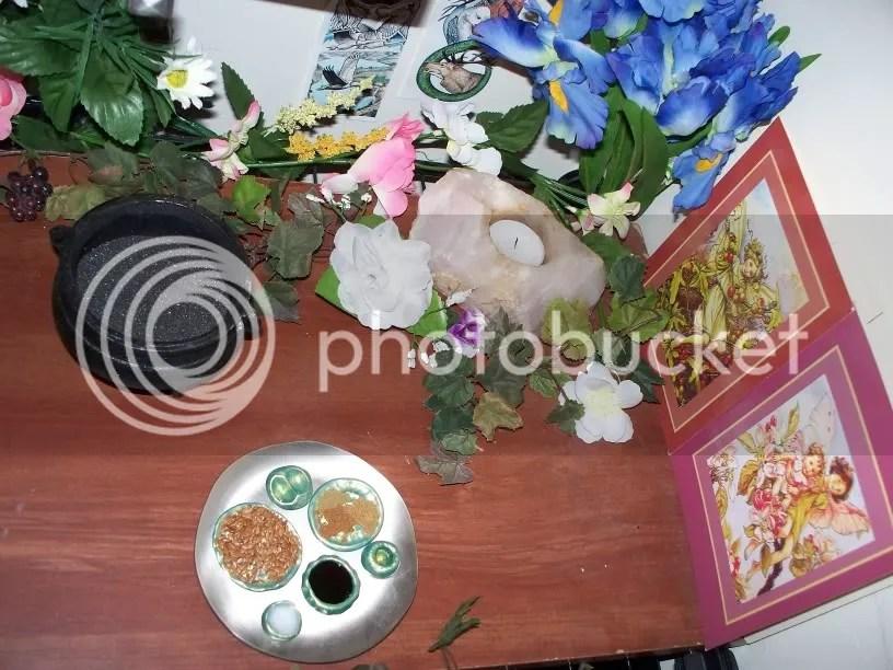 Shrine_nature_spirits.jpg Shrine_NAture_Spirits picture by dreigiau3