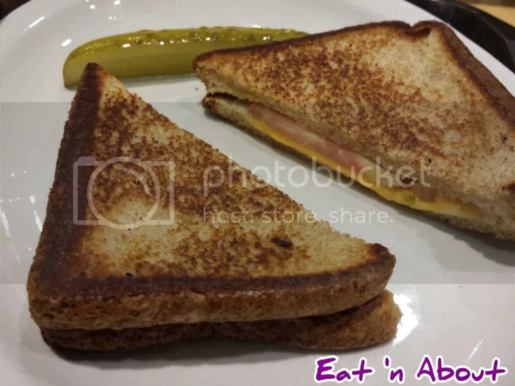 A and W: Grilled Cheese Sandwich