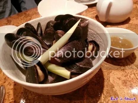 Maenam: Mussels