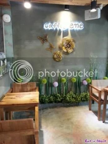Caffe bene in Myeongdong, Seoul Korea