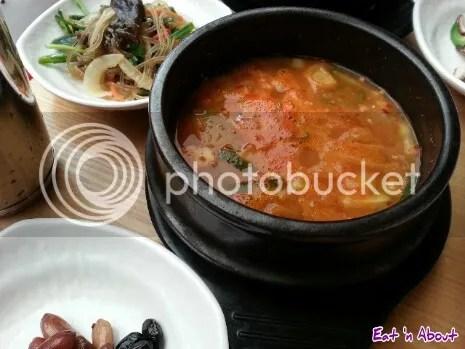 Doodaemon in Insadong, Korea: seafood tofu hotpot