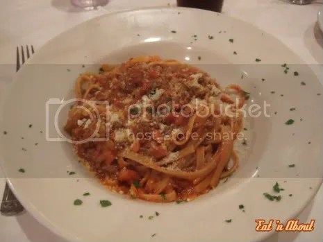 La Dolce Vita Trattoria: Fettuccine Bolognese