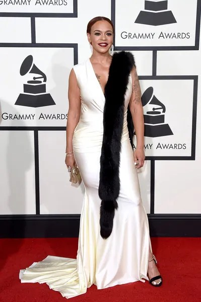 photo 58thGRAMMYAwardsArrivalsHXRP9bLP4jYl.jpg