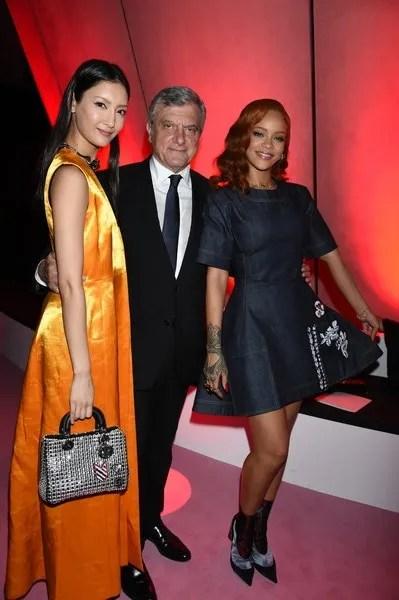 photo RihannaChristianDiorAfterPartyTOKYOAutumnraqkrWy5iusl.jpg