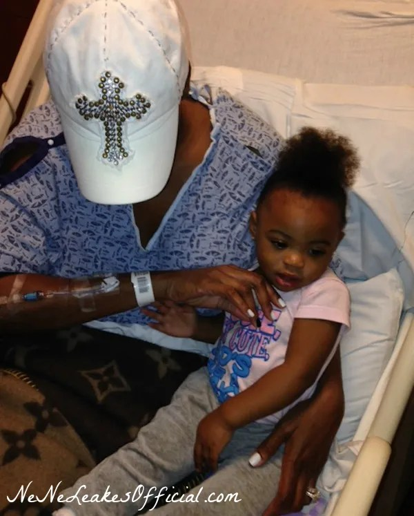 photo NeNe-Leakes-in-the-Hospital-Bed-With-Granddaughter-After-Getting-Bloodclots-in-Lungs.jpg