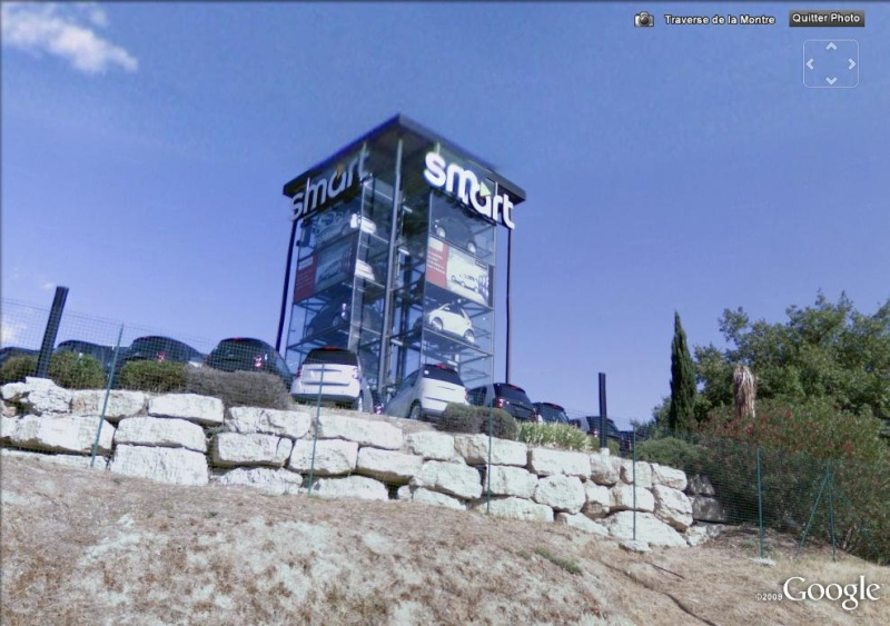 STREET VIEW Une Tour De Smart