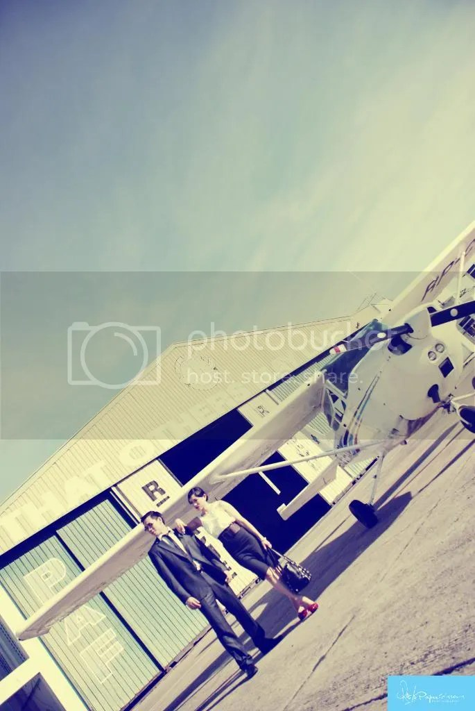 cebu,philippines,engagement,airport,vintage,pre wedding,prenup,cebu prenup,prenup photographer,rock paper scissors,photography