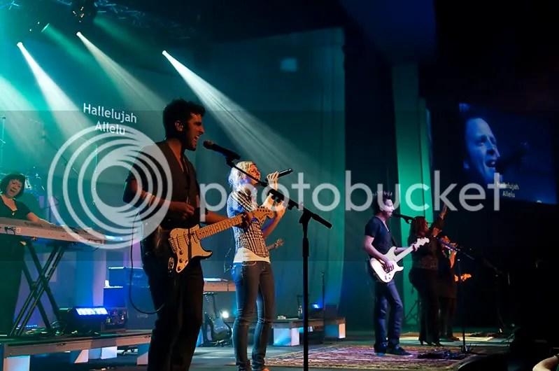^_^ Bayside Church Luis Palau