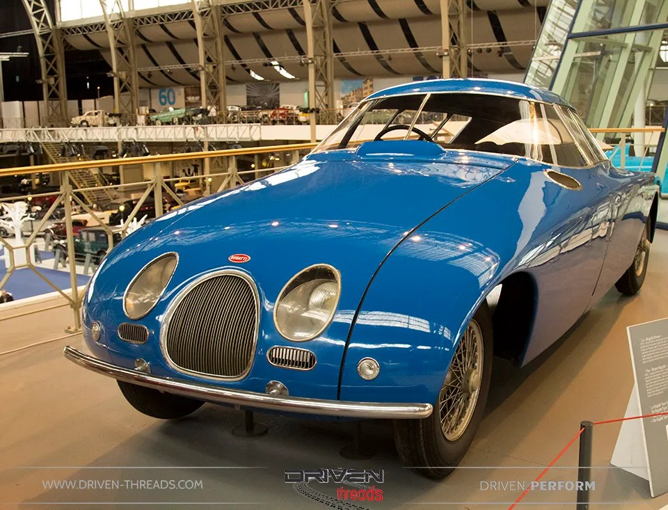 photo Bugatti-Blue-Autoworld_zps8de56aa2.jpg