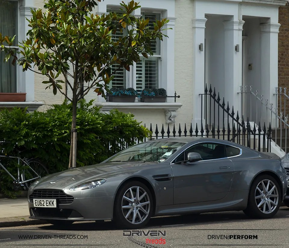 photo Aston Martin in London_zpsexx5hpzn.jpg