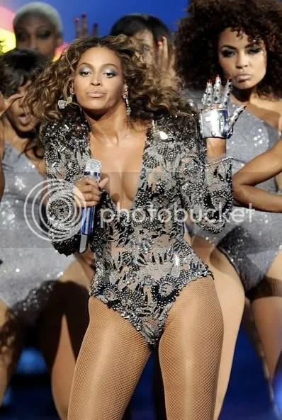 https://i1.wp.com/i655.photobucket.com/albums/uu280/theprophetblog/Beyonce/bdiva.jpg