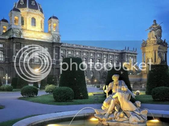 AustrianGardenatTwilightVienna-1600x1200-ID43752-PREMIUM.jpg picture by michellenhm