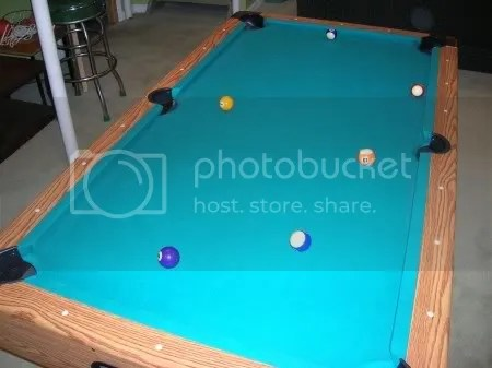 As you can probably tell, there is NO cue ball on the table.  Shortly before this picture I would have probably yelled, NOOOOO!