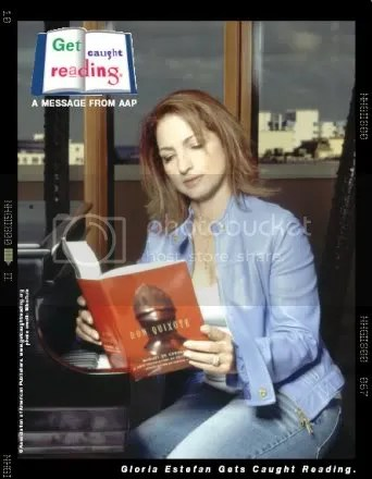 Gloria Estefan Gets Caught Reading