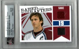10/11 ITG Ultimate Raised to the Rafters Joe Sakic