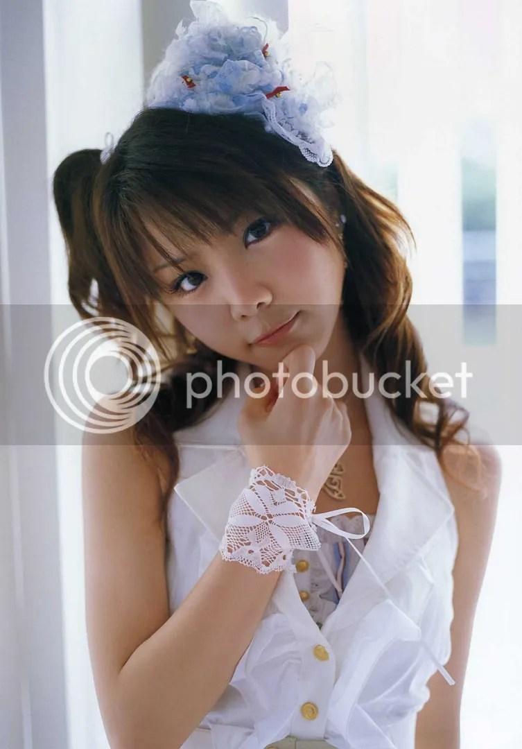 https://i1.wp.com/i67.photobucket.com/albums/h292/twohd/10-2007/Tanaka%20Reina%20-%20GIRL/TanakaReina-GIRL_26.jpg