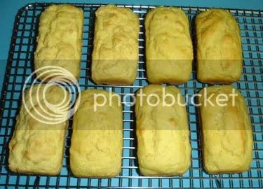 Mini Cornbread Loaves