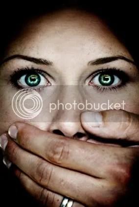https://i1.wp.com/i676.photobucket.com/albums/vv126/kennyrk2/hand_over_mouth.jpg
