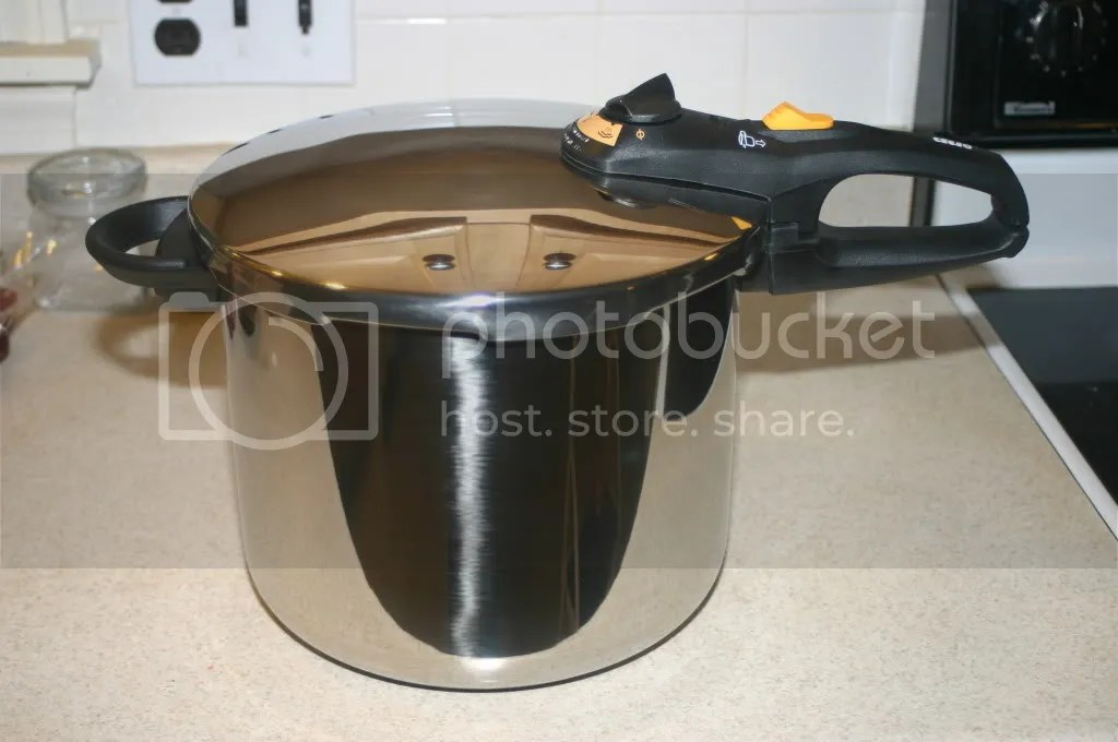 Fagor Duo 10 Quart Pressure Cooker