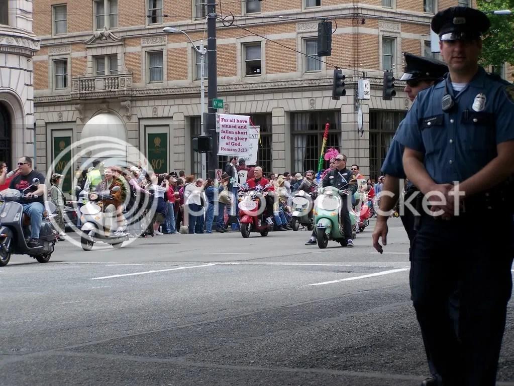 GayPrideSeattle2007062.jpg