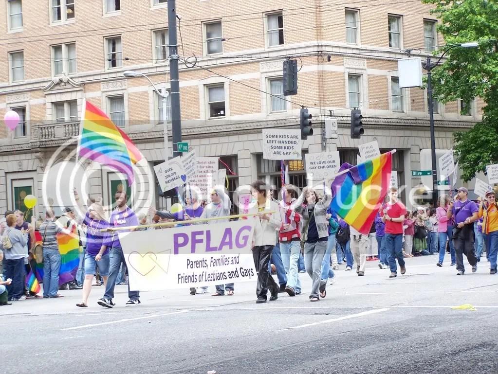 GayPrideSeattle2007100.jpg