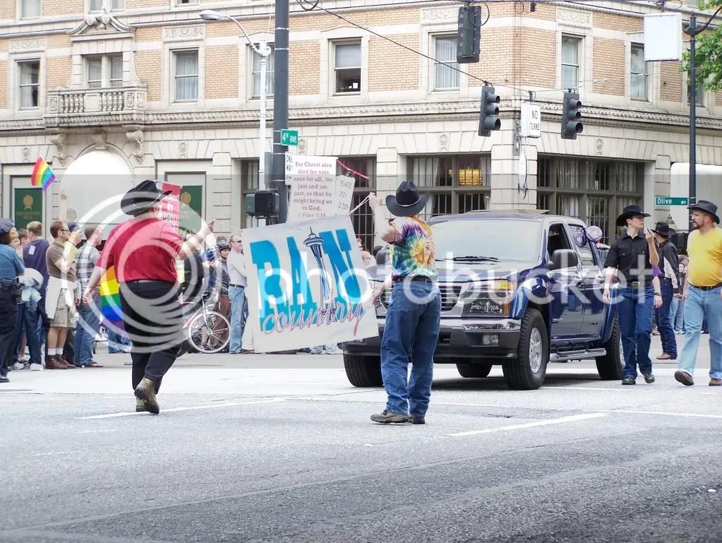 GayPrideSeattle2007177.jpg