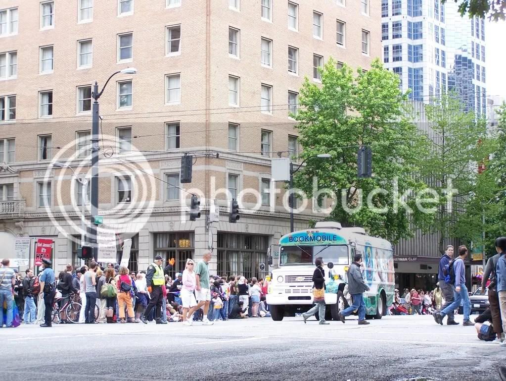 GayPrideSeattle2007186.jpg