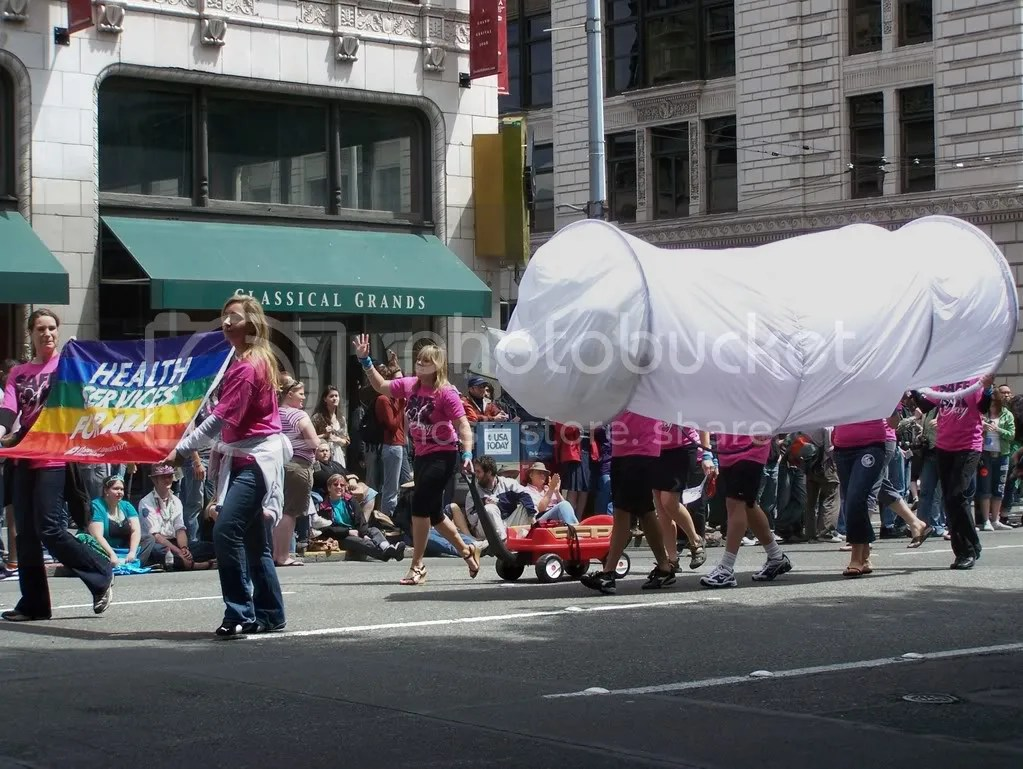 GayPrideSeattle2007245.jpg