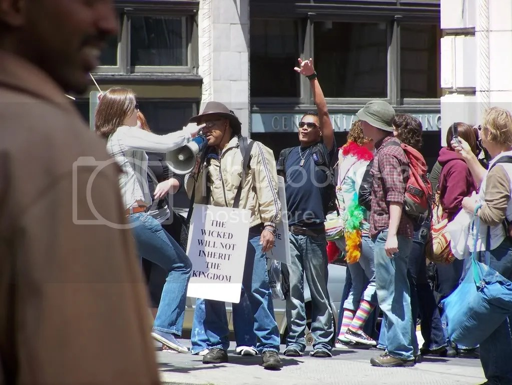 GayPrideSeattle2007283.jpg