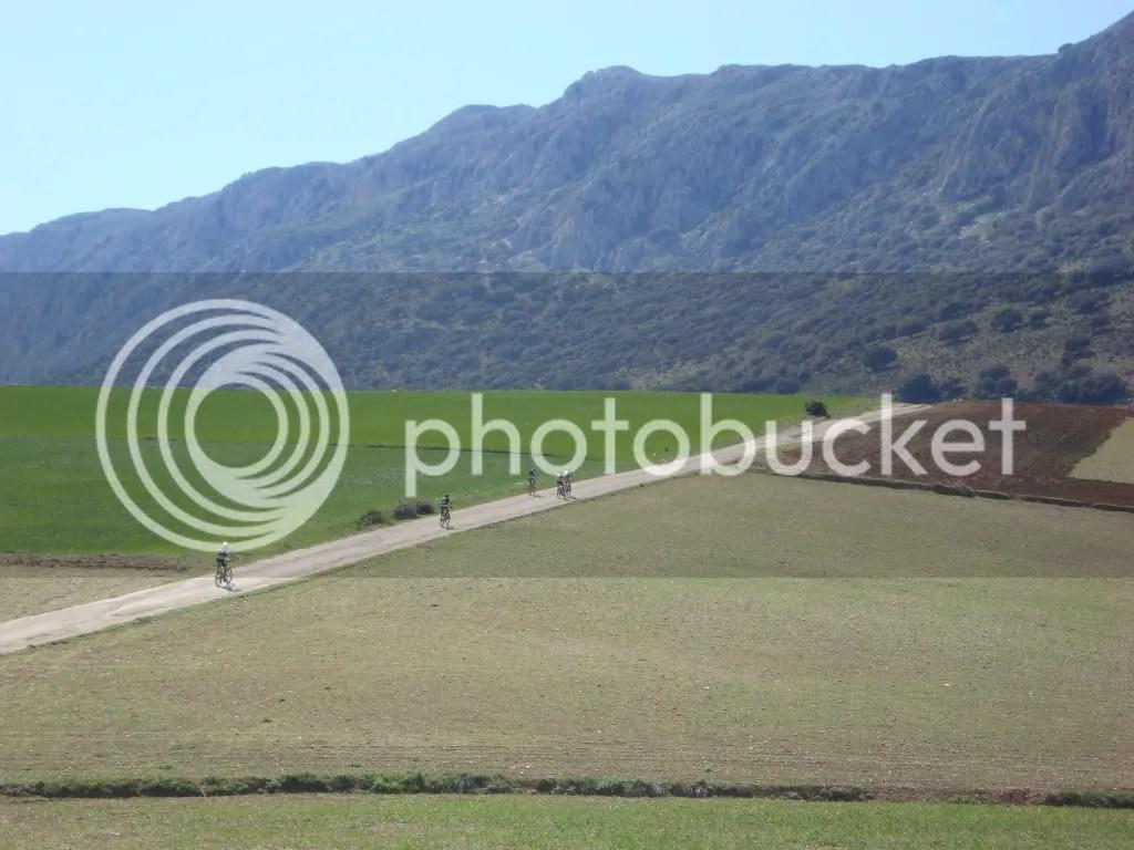 Atravesando la Cañada de Rambla Seca