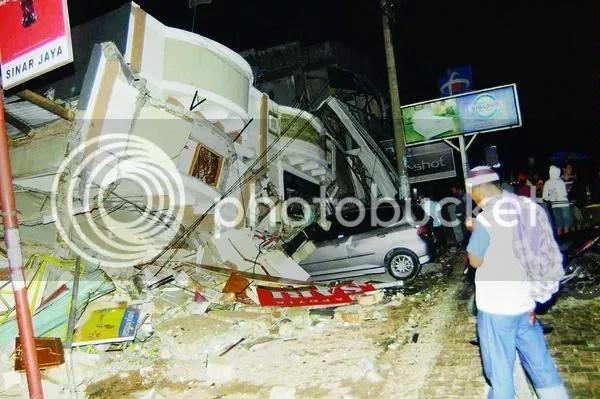 Foto-foto gempa Padang, Sumatera Barat