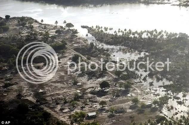 Bencana Tsunami Mentawai Indonesia