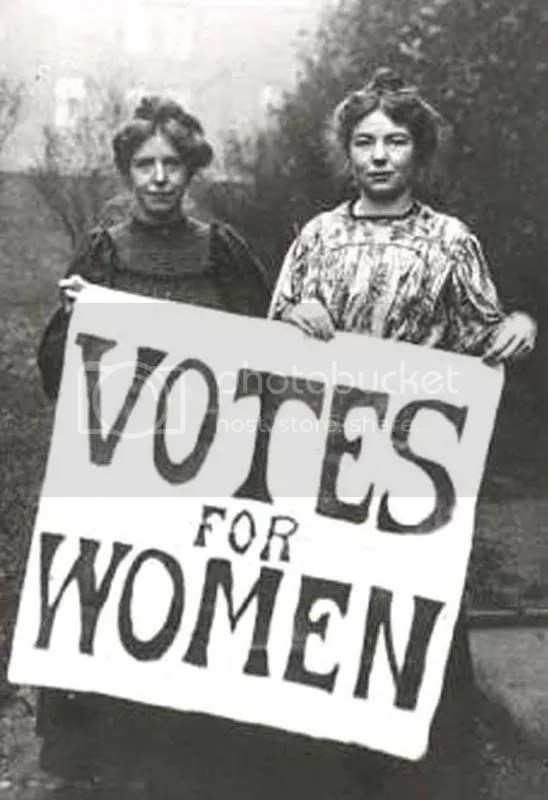 photo suffragette-votes-for-women_zpsa79a6c22.jpg