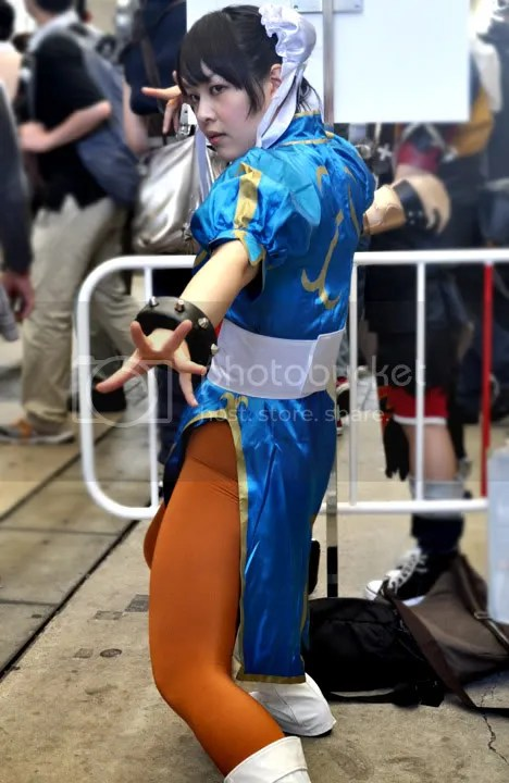 Cute Street Fighter Chun Li Cosplay