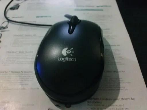 Logitech V120 Laser Mouse for Notebooks
