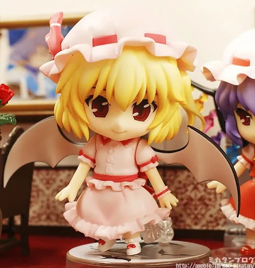 Flan is using her sister's wing