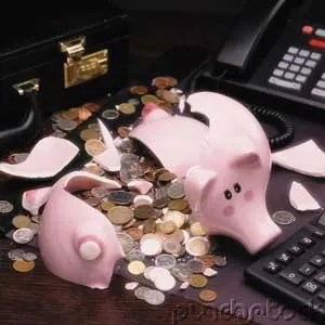 Broken piggy bank - poor piggy ...