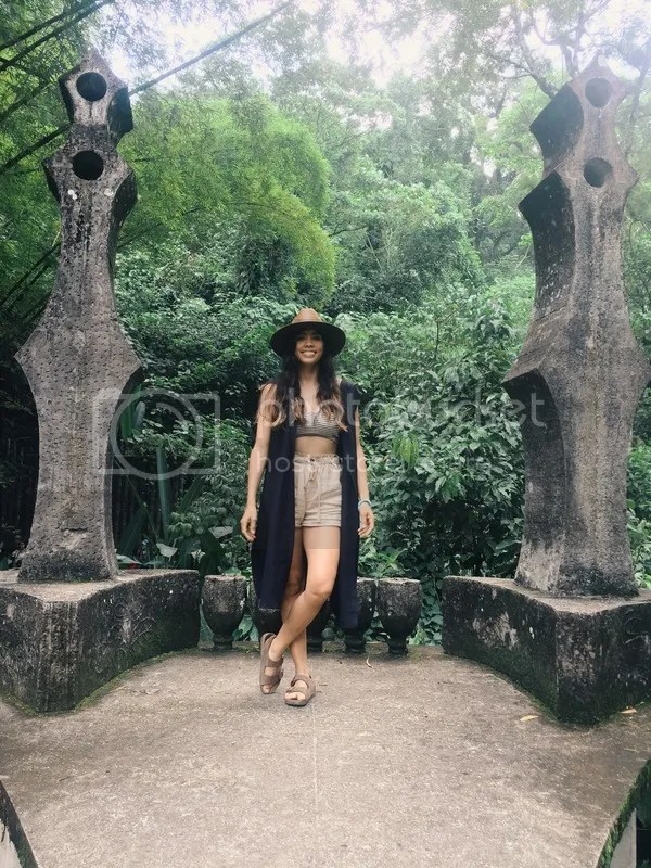 photo 3 xilitla fashion outfit mexico travel blog.jpg