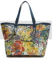 https://i1.wp.com/i70.photobucket.com/albums/i94/gwendog/fashion/210stellamccartneyfloralshppingbag.jpg
