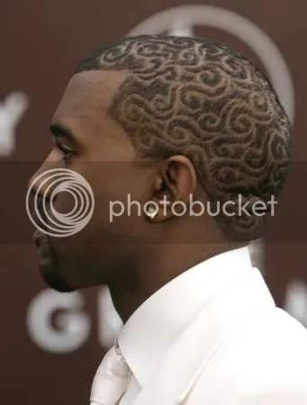 18381678 Kanye West Fashion Show