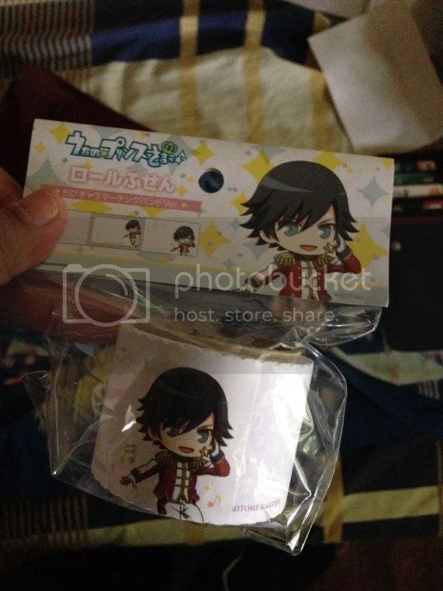 This is another Uta-Pri Post It featuring Tokiya Ichinose. I actually gotten two of these but my eldest niece decided to bankrupt me with my Japanese merch and took the other one. Lol XD