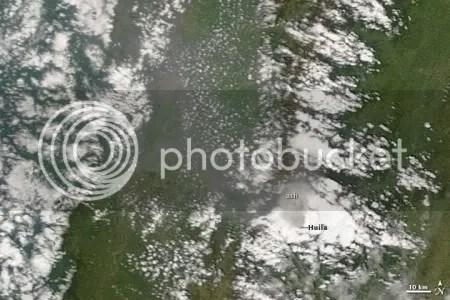 Ash emissions at Nevado del Huila, 28 October 2009 (NASA MODIS image)